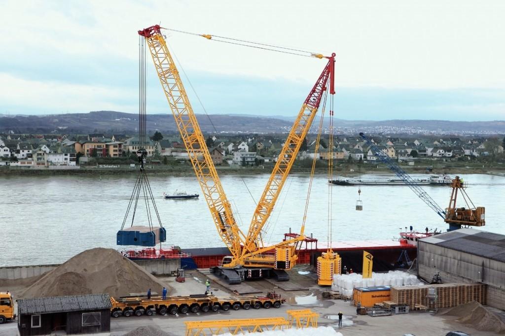 Liebherr Canada - LR 1600/2 Crawler Cranes