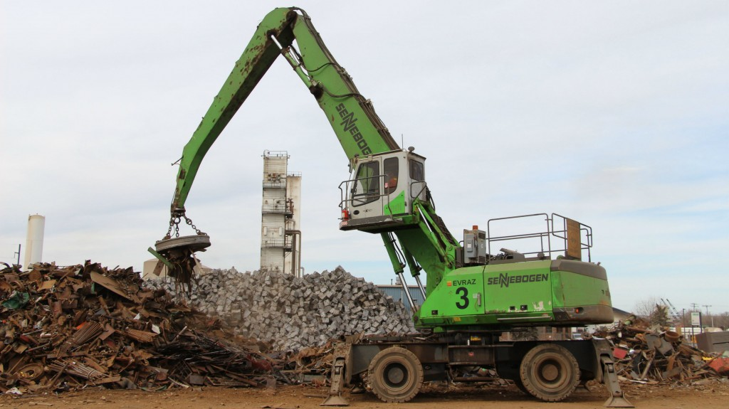 Sennebogen material handlers keep up to hectic pace at Regina steel mill