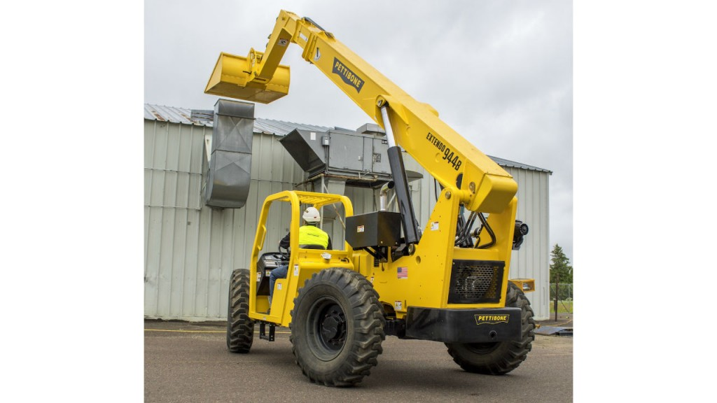 Extendo telehandler line lengthens with 74-hp machine