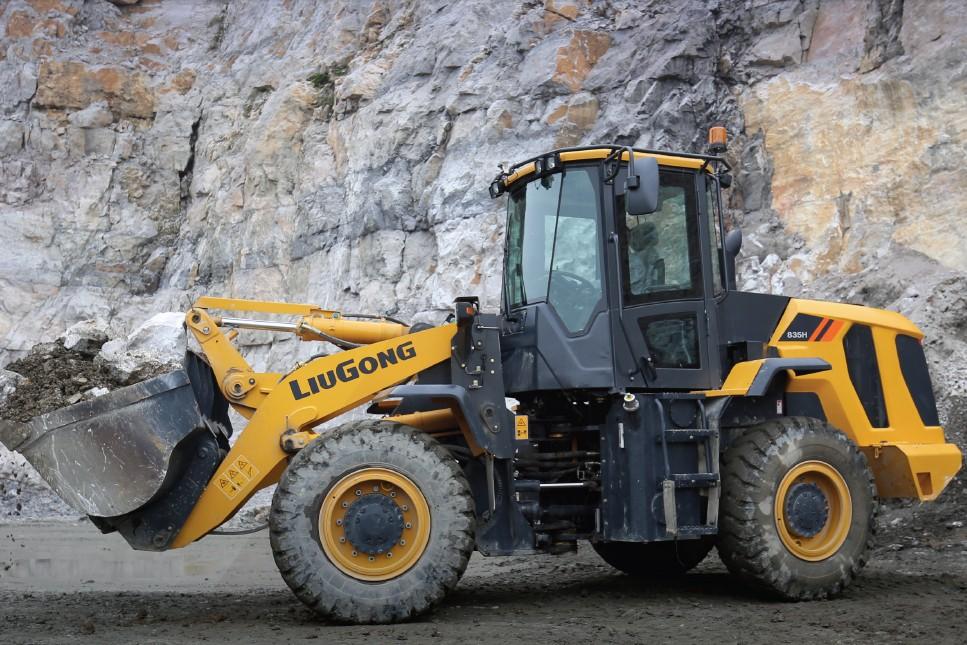 LiuGong North America - CLG835H-Tier 4F Excavators