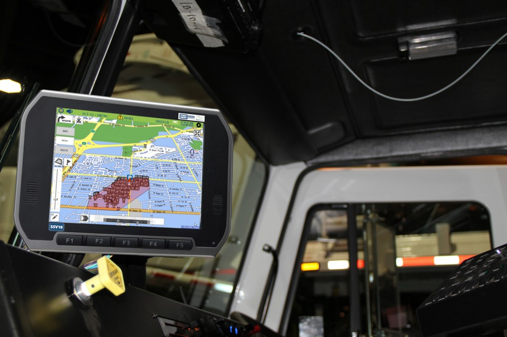 Street Smart Vision SSV10 provides a comprehensive safety solution that allows for a 360-degree bird's eye view of the vehicle, object detection, live stream video, video playback, driver safety coaching and score-carding, and automated routing.