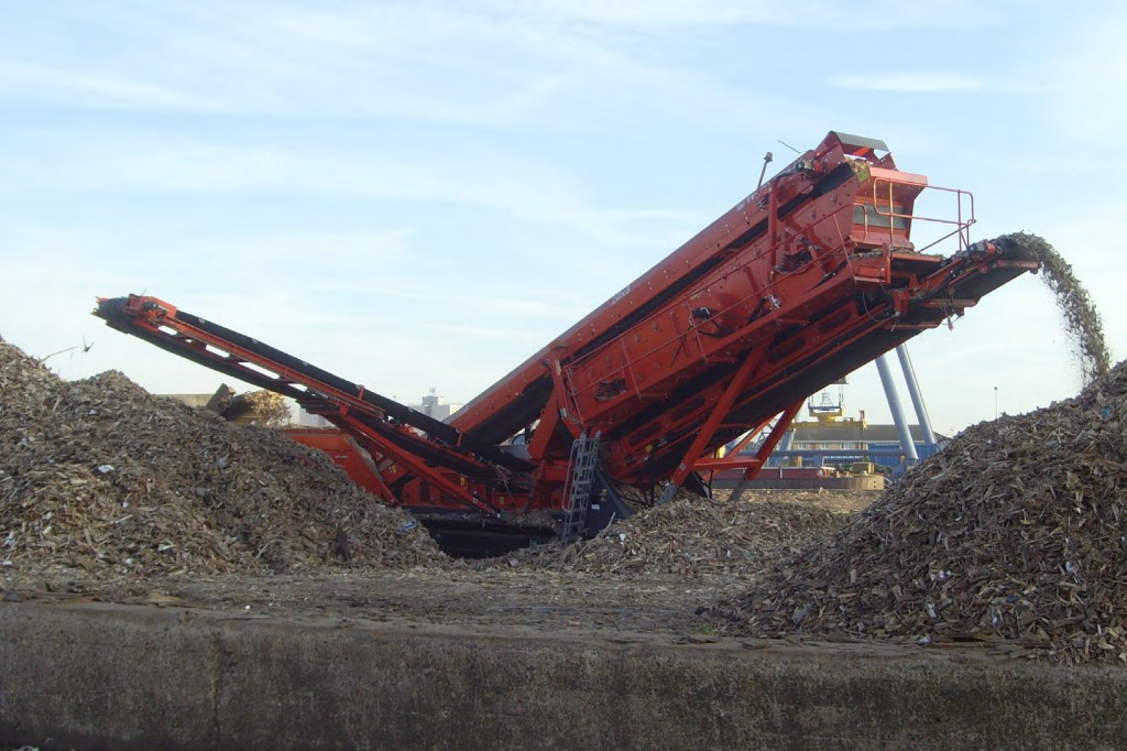 Terex Finlay - Terex® Finlay 693+ Track Mounted Screens