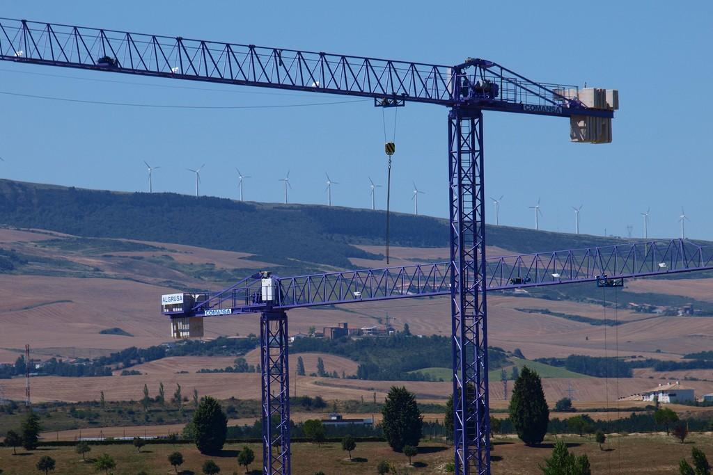 Linden Comansa America - LC500 Series Tower Cranes