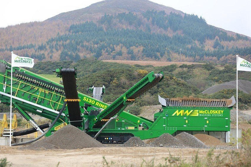 McCloskey Washing Systems - S130 Sand & Aggregates Washing plants