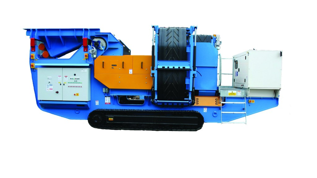 The Steelweld Strobe ECS comes on crawler tracks, with an on-board diesel generator and hydraulic power pack allowing for easy site manoeuvrability.