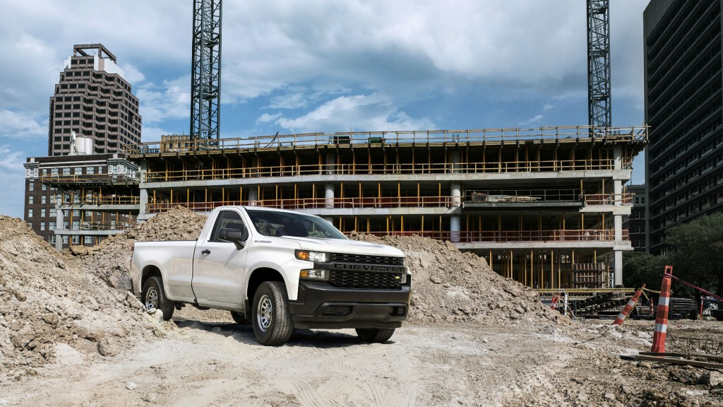 """The all-new 2019 Silverado Work Truck features a """"CHEVROLET"""" graphic across the grille and tailgate, blacked-out trim and 17-inch steel wheels for maximum durability. The interior features durable vinyl or cloth seats and 7-inch colour touchscreen."""