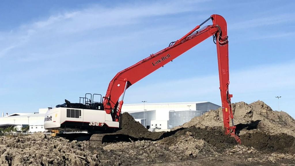 The Link-Belt 350 X4 LF (Long Front) excavator.