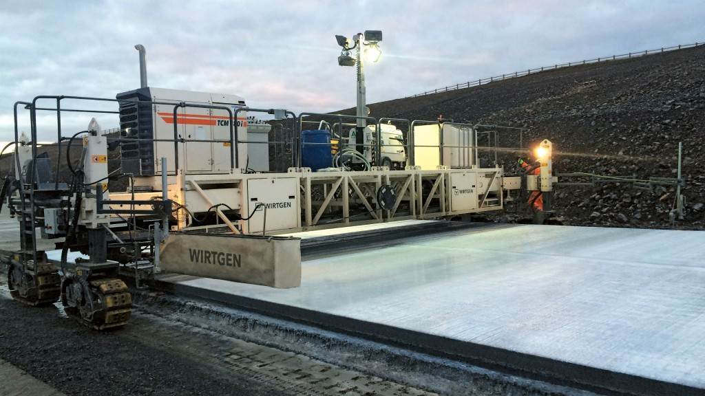 Self-propelled curing machine from Wirtgen improves concrete quality
