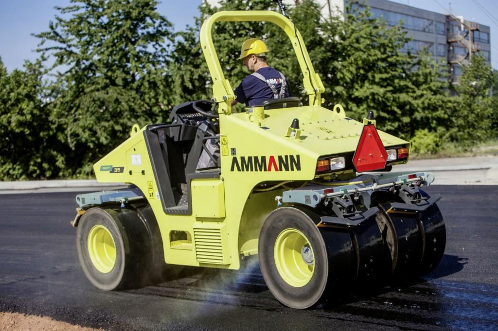 Ammann's ART 35 Tier 4i is a light, pivot-steered pneumatic-tired roller.