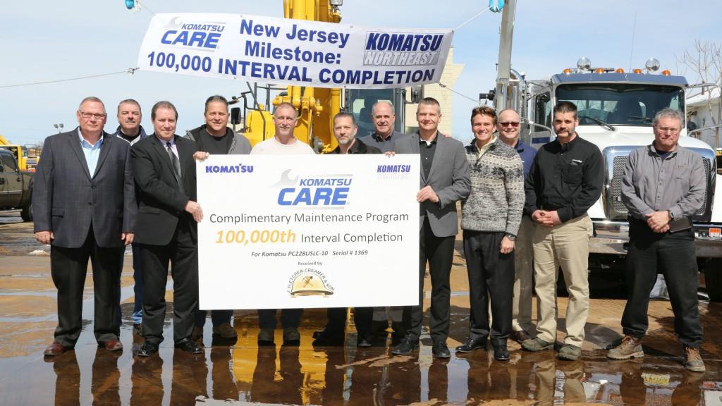 The Komatsu Northwest team, which reached the 100,000 service interval milestone.