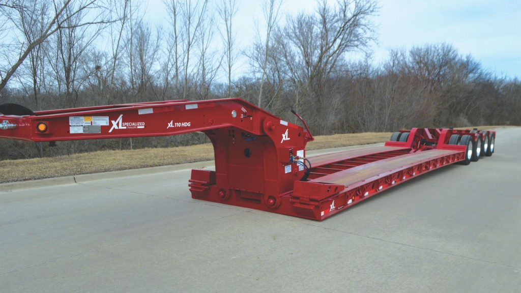 XL Specialized Trailers introduces newly designed low deck height hydraulic detachable gooseneck trailer