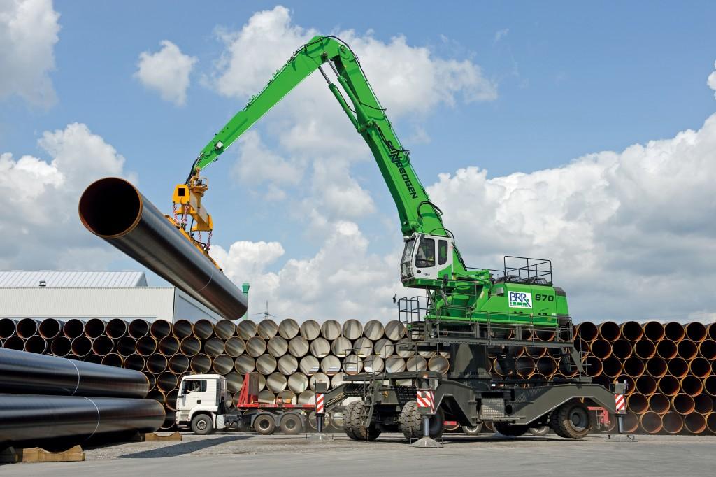 SENNEBOGEN LLC - 870 Hybrid Mobile Material Handlers