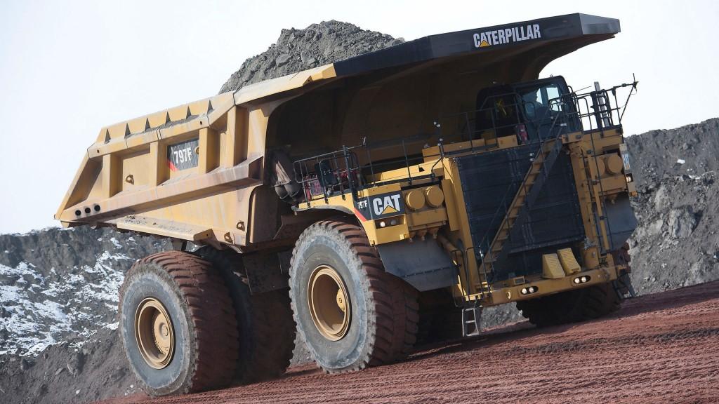 Cat celebrates 1000th 797 mining truck