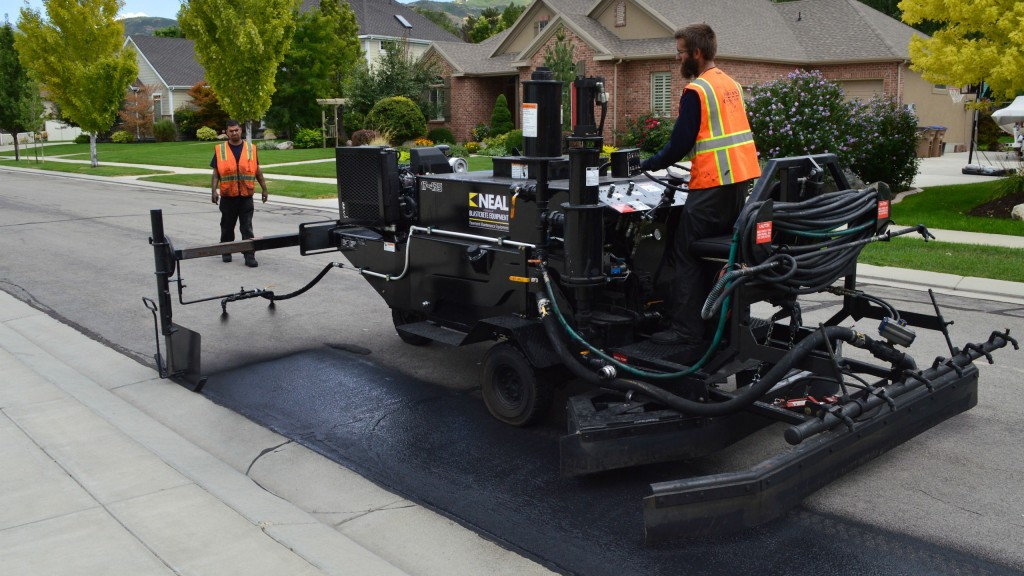 The DA 350 from Neal Manufacturing makes up half of the manufacturer's new Asphalt Road Preservation Package. The drivable machine makes quick work of curb-and-gutter streets, handling the cleaning prep, cutting in, squeegeeing and spraying.