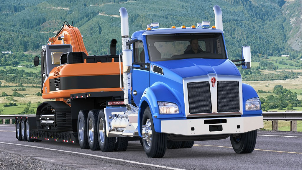 The T880 comes in many versions, including heavy haul; a new video from Kenworth discusses these and other features of the popular vocational machine.
