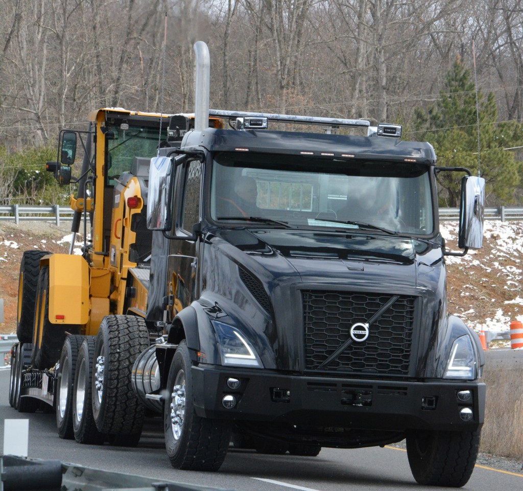 Volvo Trucks focuses on heavy haul with updates to VNX truck line