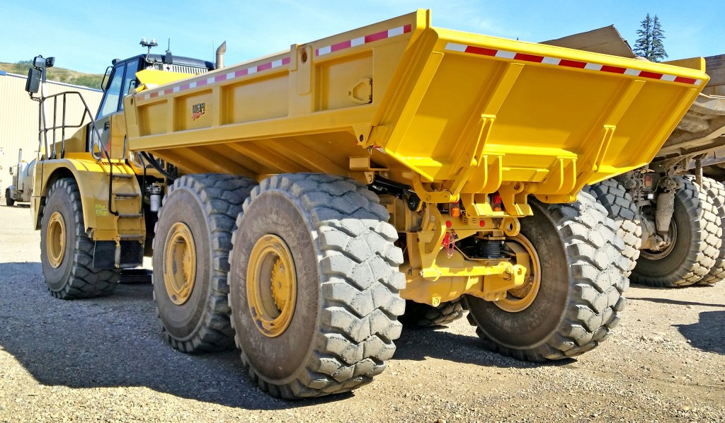 5 reasons to use an ejector body on an articulated truck