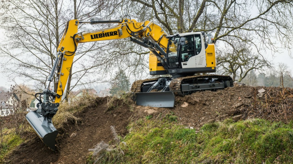 The new R 926 Compact joins the ranks of Liebherr's compact excavators in the 15- to 35-tonne weight range.