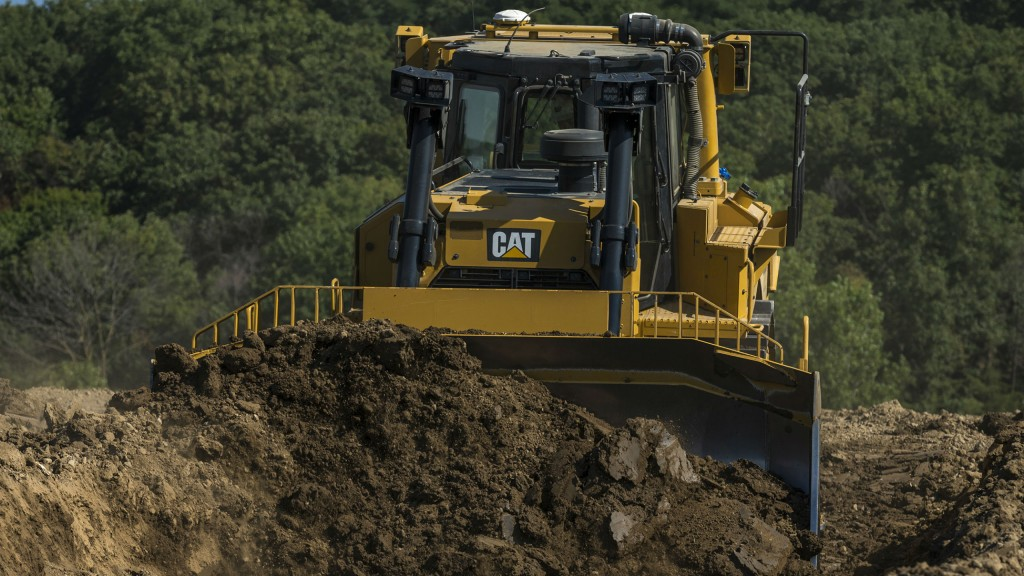 New Cat D8T dozer boasts all-new fully automatic transmission, greater fuel efficiency and boost in blade capacity