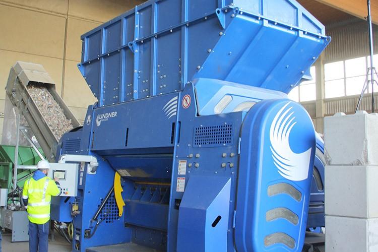 Lindner Recyclingtech America - Polaris 1800 | 2200 | 2800 Shredders