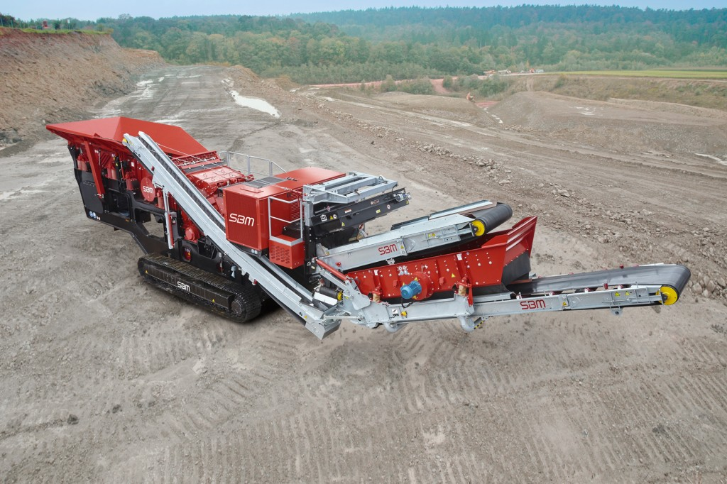 SBM Mineral Processing - REMAX 400 Track Mounted Impact Crushers