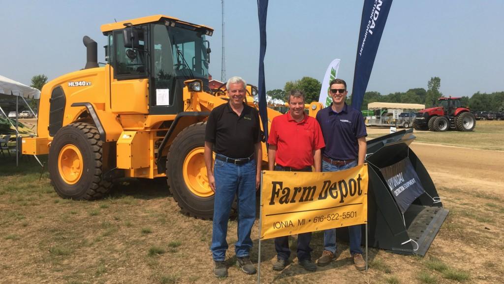 Hyundai Construction Equipment adds Farm Depot Ltd. North American distribution network