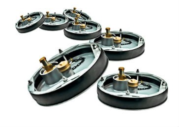 Sealing plugs for heavy-duty applications