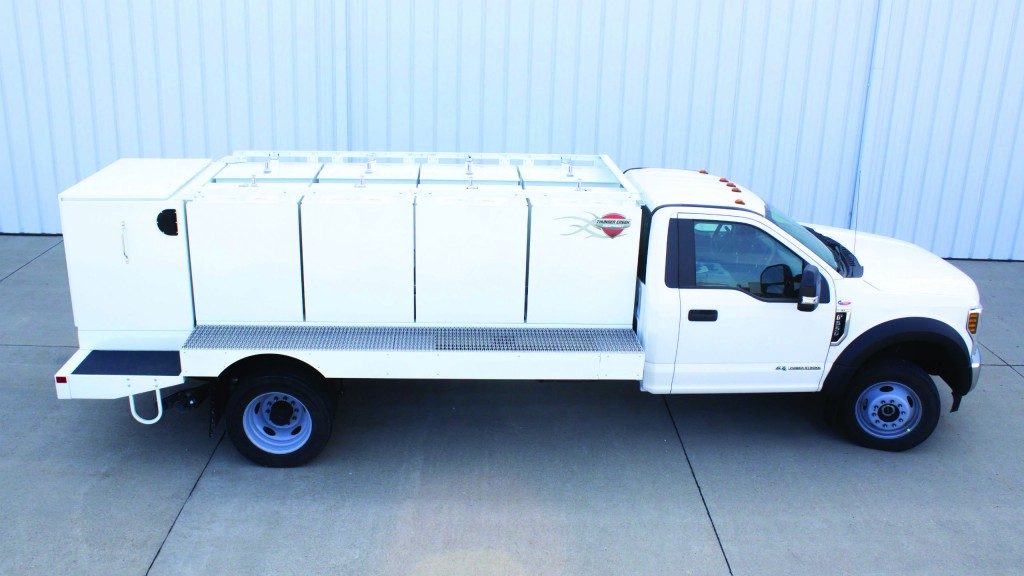 Medium-duty truck body from Thunder Creek provides bulk diesel hauling