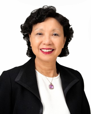 Emterra's Emmie Leung awarded CPIA 2018 Leader of the Year
