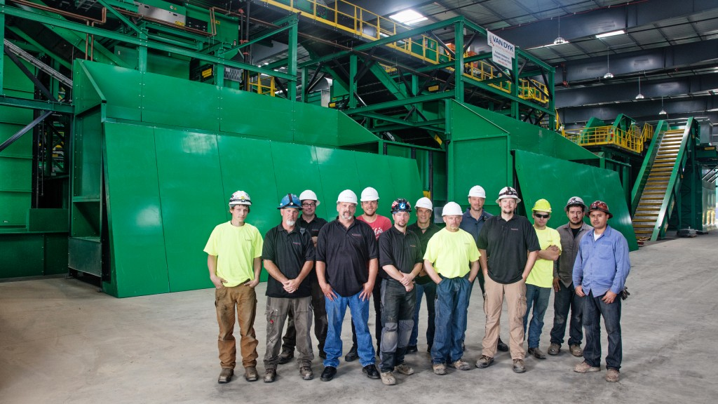 The MRF installation crew at SANCO Resource Recovery in Lemon Grove, California.