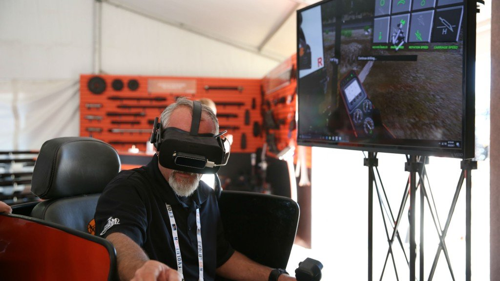 Operators can use the new Ditch Witch-developed VR training simulator to improve safety and efficiency on the job site.