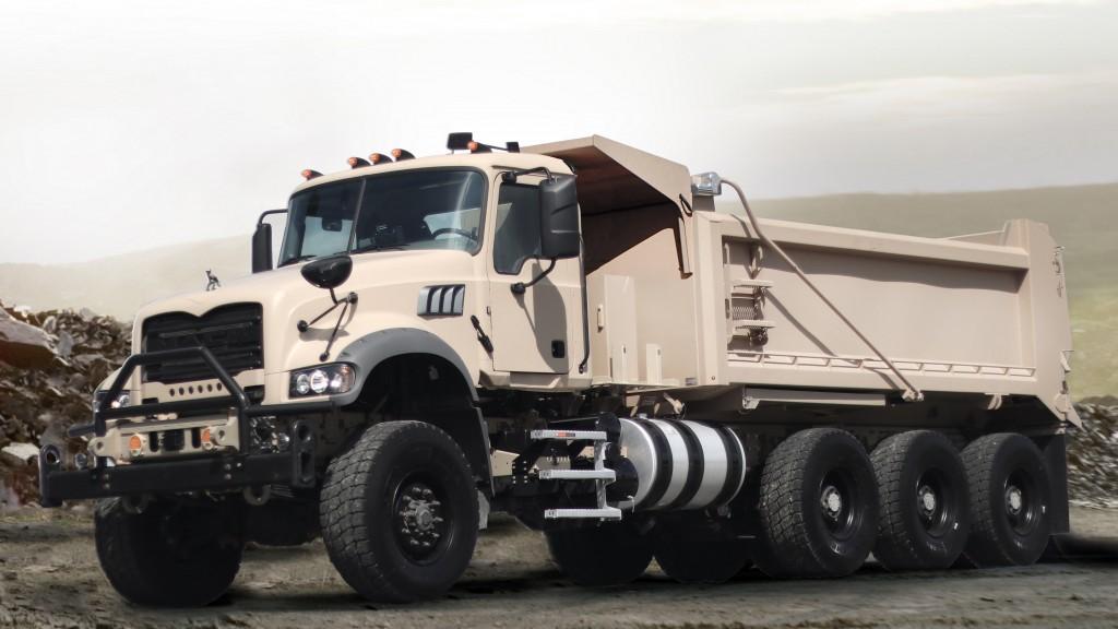 Mack Defense showcases Mack Granite–based heavy dump truck at AUSA 2018