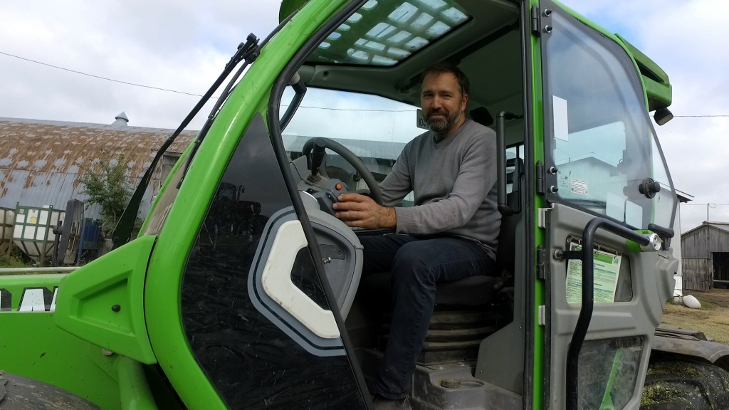The Merlo telehandler offers much more productivity thanks to the frontal reach, short turning radius, speed of movement and its great versatility.