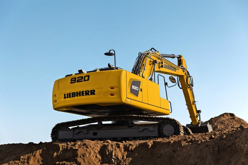 Liebherr Canada - R 920 Litronic Excavators
