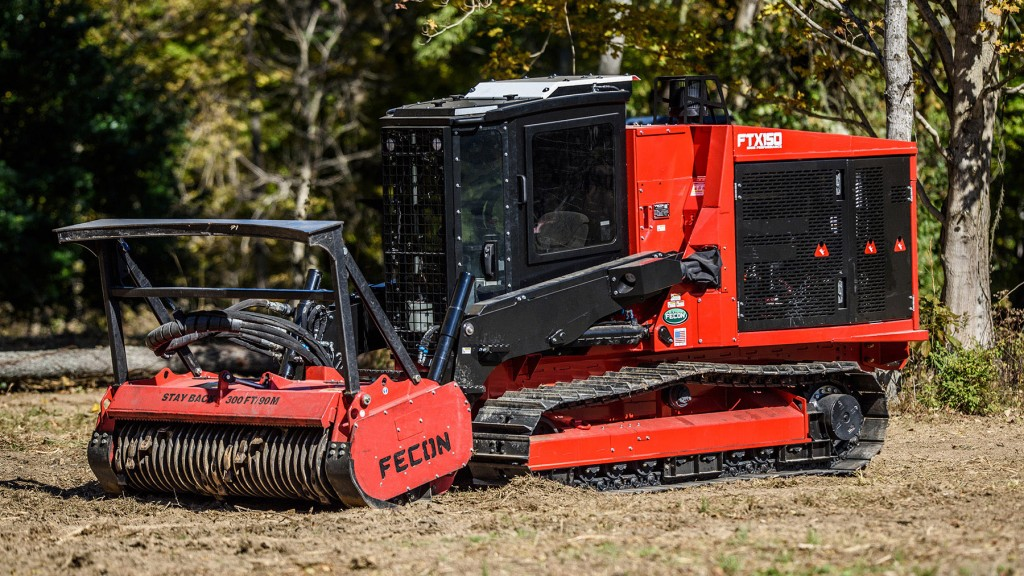 Like its predecessor the FTX128, this new model provides excellent productivity in mulching and easy use for other auxiliary attachments. Rugged loader arms with skid steer quick attach offer optimal positioning for a variety of attachments. Operators can work high, low, and even over banks with great reach and tilt angles and excellent visibility.