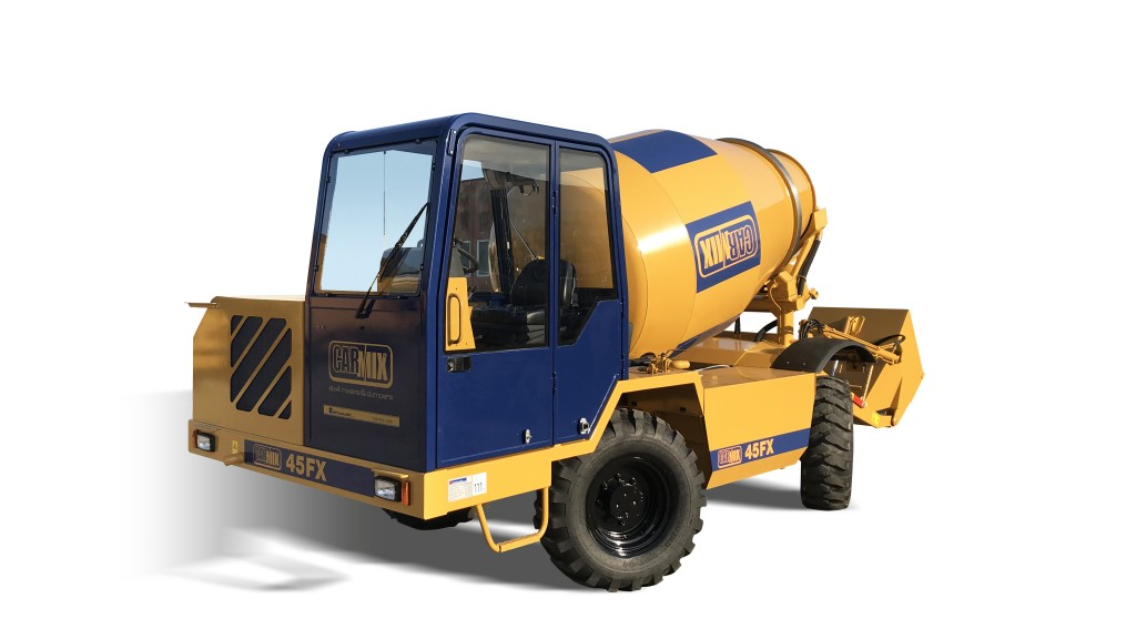 Carmix 45FX has been conceived on a grand scale: the concrete mixer has a capacity of 6100 litres with a mix yield of 4.5 m3, which means that a lot of concrete can be produced in a short time.