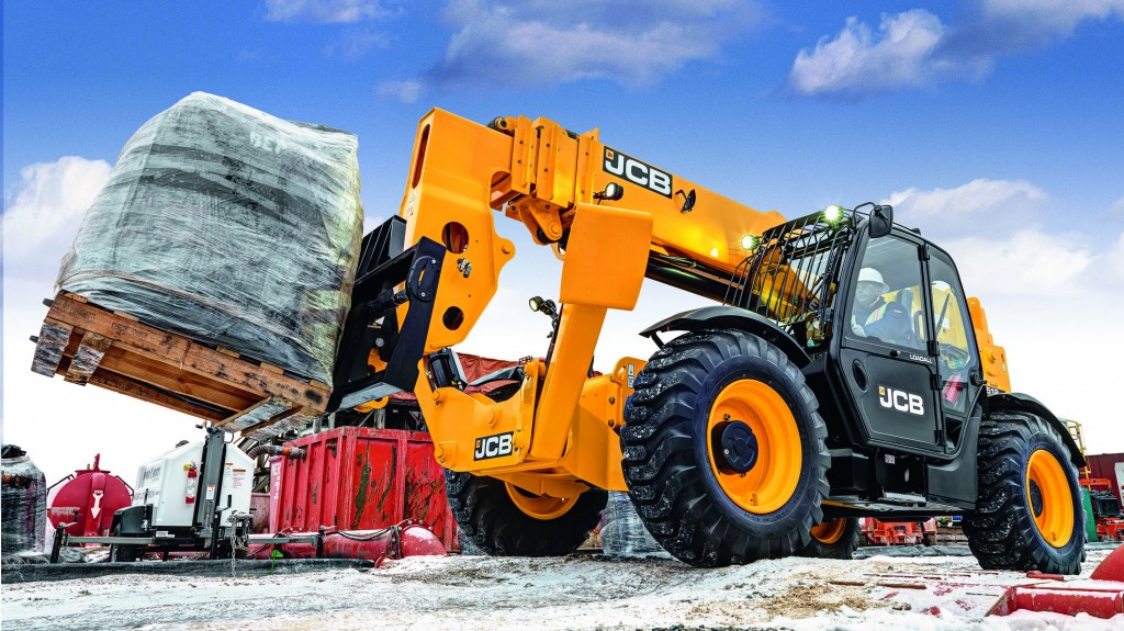 "On display at ""The Rental Show' 2019 will be the JCB 512-56 Loadall telescopic handler, the world's first 12,000 lb telehandler that requires no diesel particulate filter (DPF), no diesel exhaust fluid (DEF) and no other engine aftertreatment."