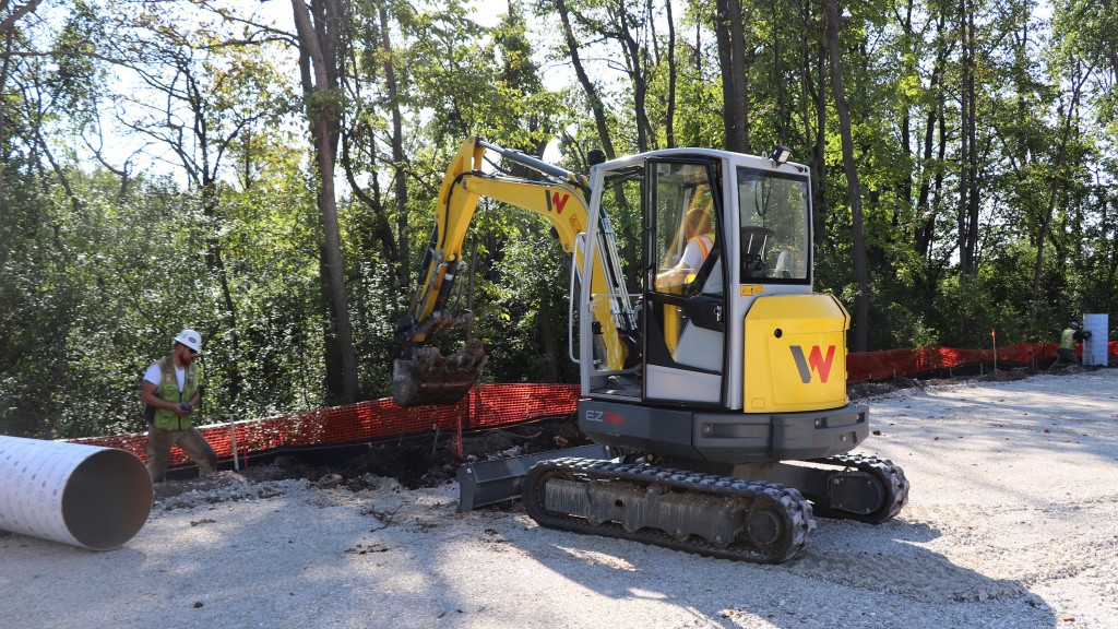 When it comes to power, the EZ36 combines the 24.5 horspower Yanmar engine with a load sensing hydraulic system to optimize a powerful machine in the under 25 horsepower class. Add the optional power angle dozer blade with float function and the EZ36 is a real productive excavator on the jobsite.