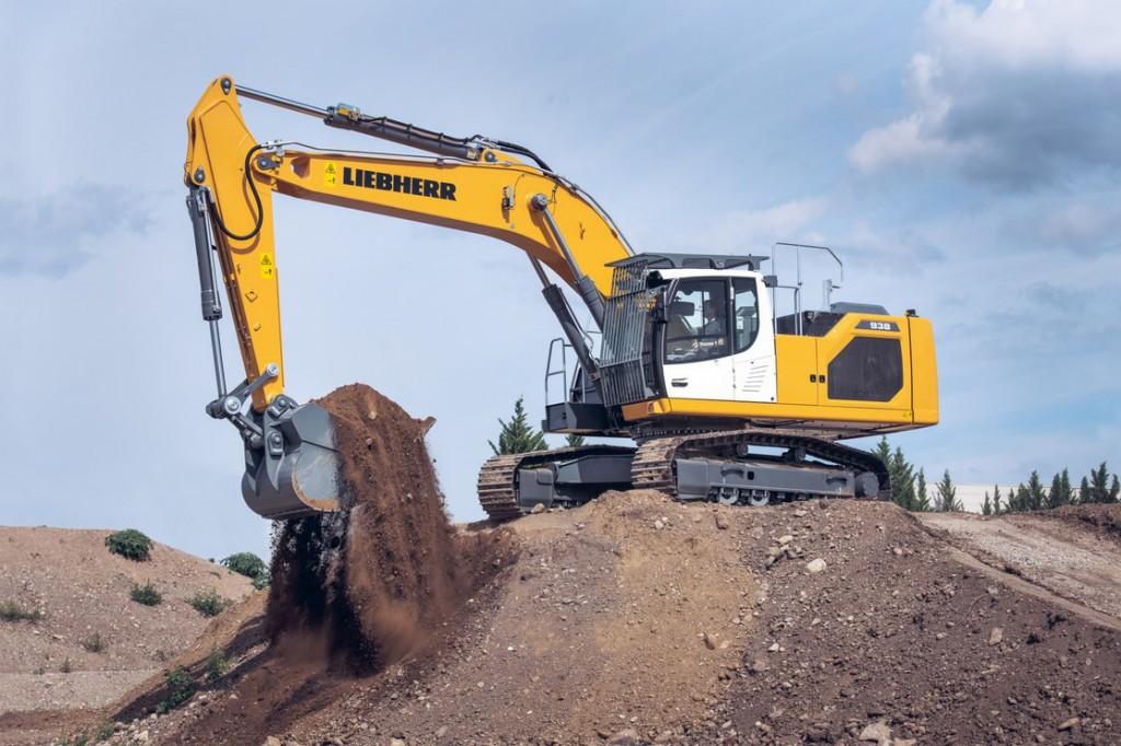 Liebherr Canada - R 938 Litronic Excavators