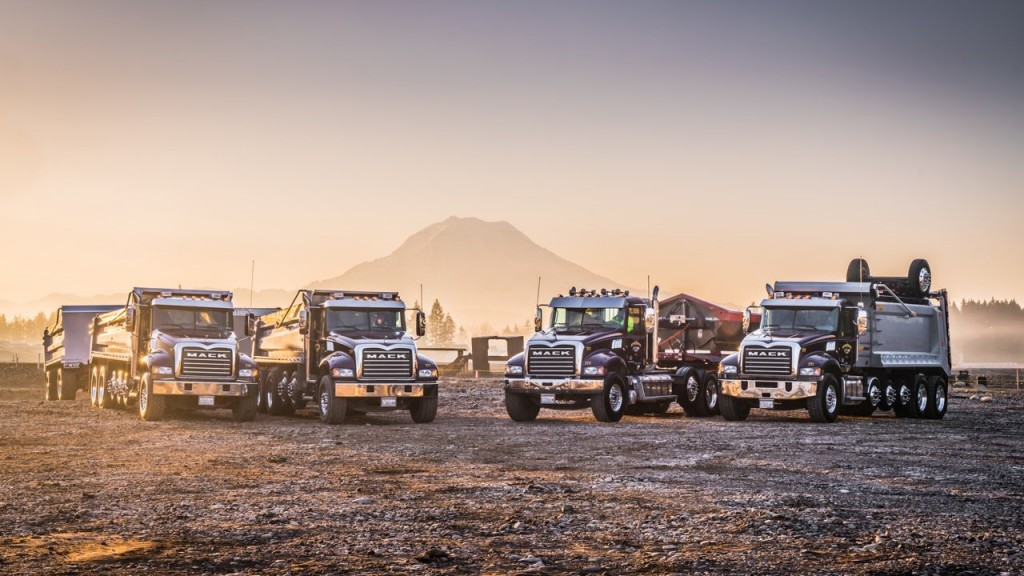 Maple Valley, Washington-based Silver Streak Trucking depends on its fleet to meet customers' needs in the ultra-competitive Seattle area construction market, which is why they rely on Mack Trucks and its industry-leading uptime solutions.