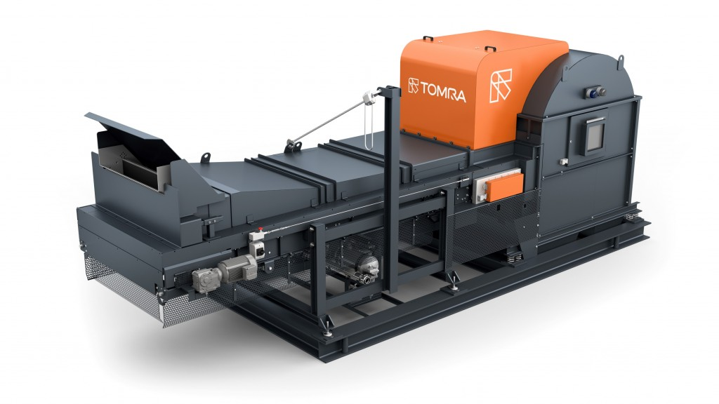 TOMRA's X-TRACT, on display at ISRI 2019, employs X-ray transmission (XRT) to sort materials according to differences in density.