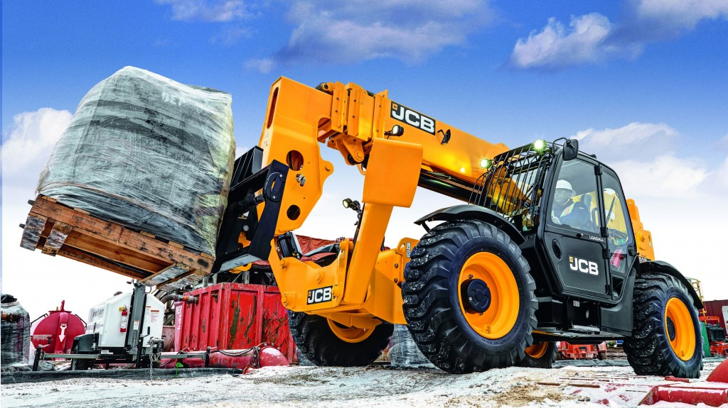 JCB Loadall lift-and-place telescopic handlers are now available with a JCB Arctic Kit, which allows the machine to start an operate at temperatures as low as -40 degrees Fahrenheit (-40 degrees Celsius).