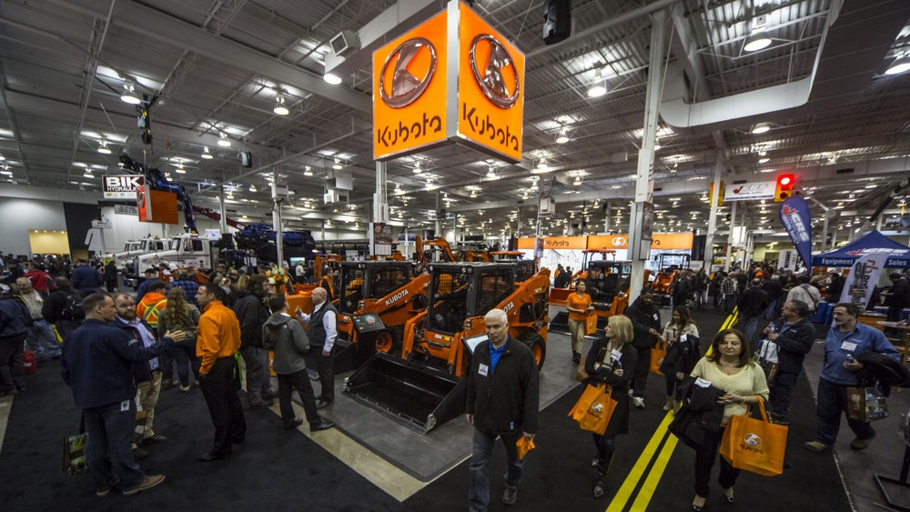 Thousands visit National Heavy Equipment Show in Mississauga