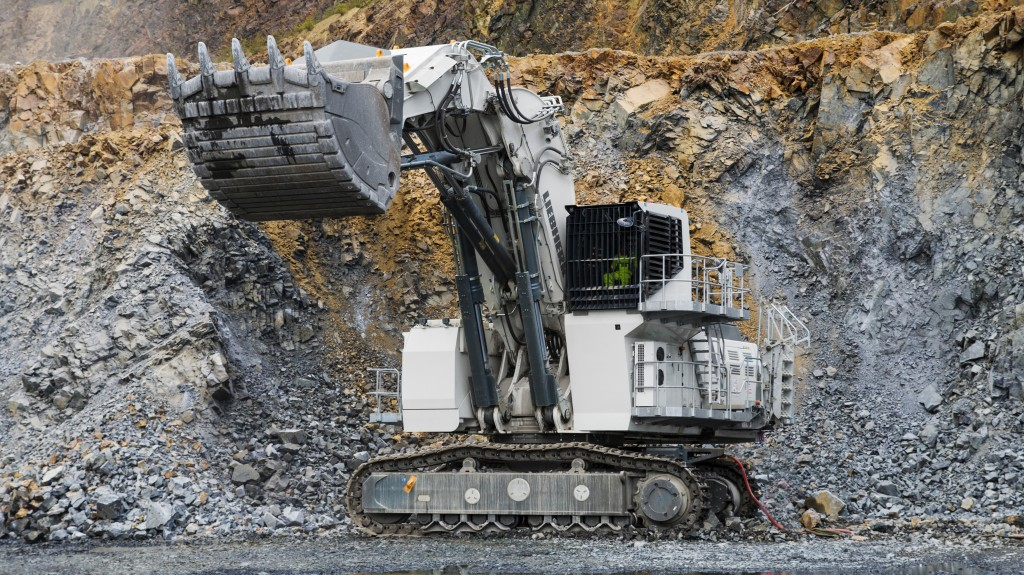 Liebherr R 9200 E with electric drive working in Eurovia's Lausitzer Grauwacke, Germany.