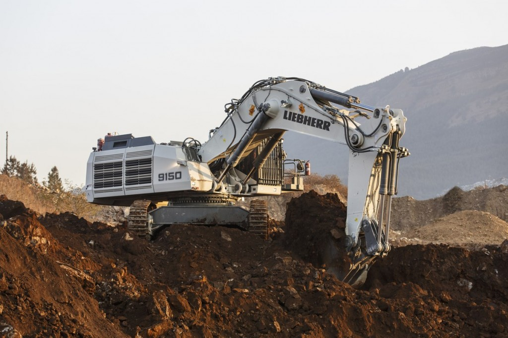 Liebherr Canada - R 9150 B Mining Shovels