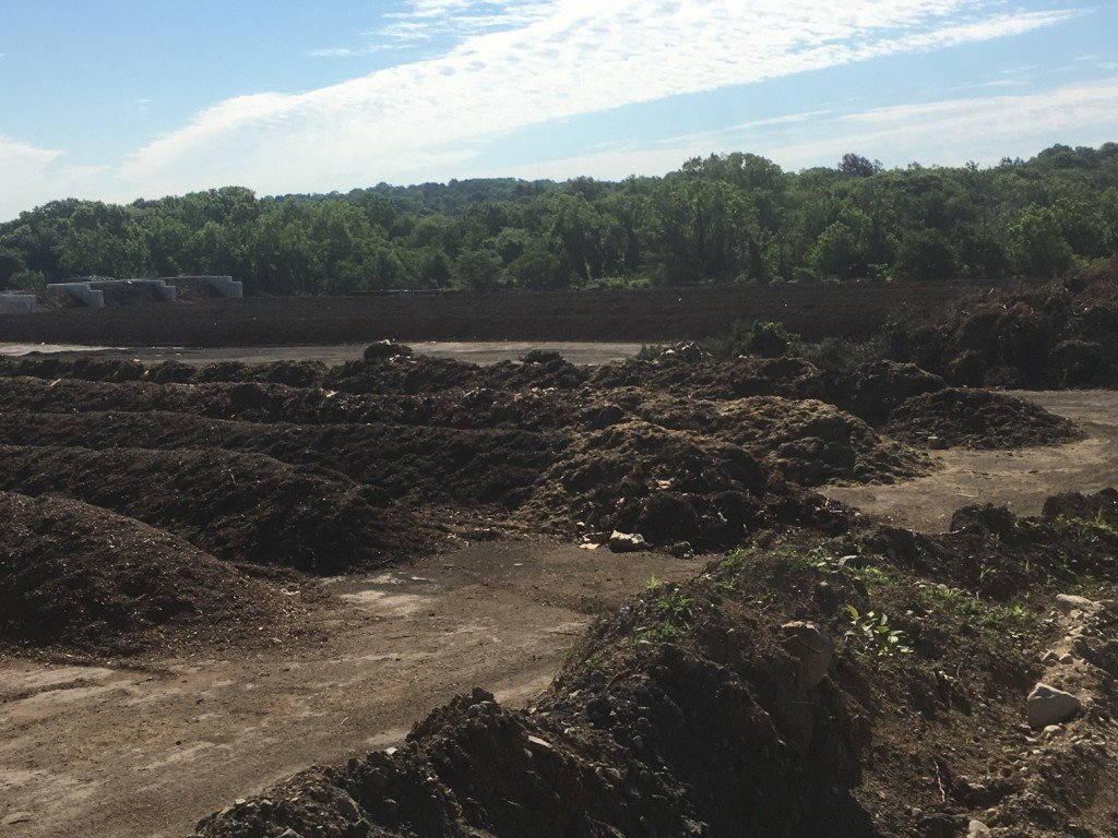 A compost windrow field in Lexington, Kentucky. Photo courtesy of Ecoverse.