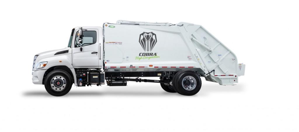 New Way Trucks to debut Cobra HC at Waste Expo