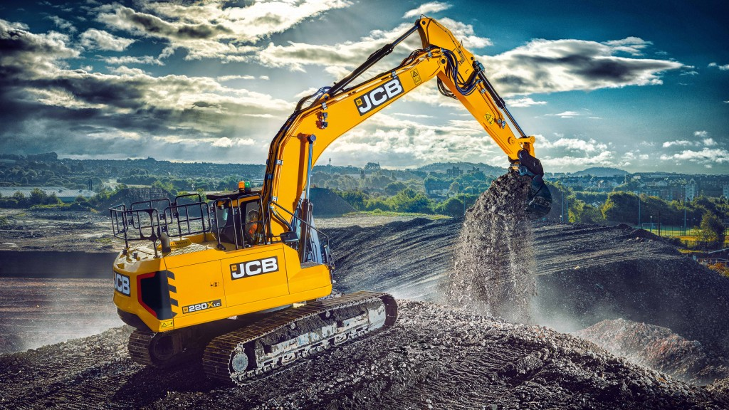 The Canadian Army has taken delivery of six JCB JS130 tracked excavators and two JCB 220X tracked excavators.