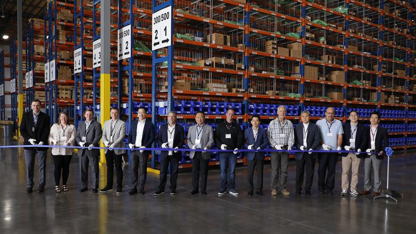 Like the Atlanta-area parts distribution center, the Seattle-area facility located in Lacey is dedicated for genuine Doosan parts distribution and shipping. It is managed by DHL Supply Chain - the Americas' leader in contract logistics.