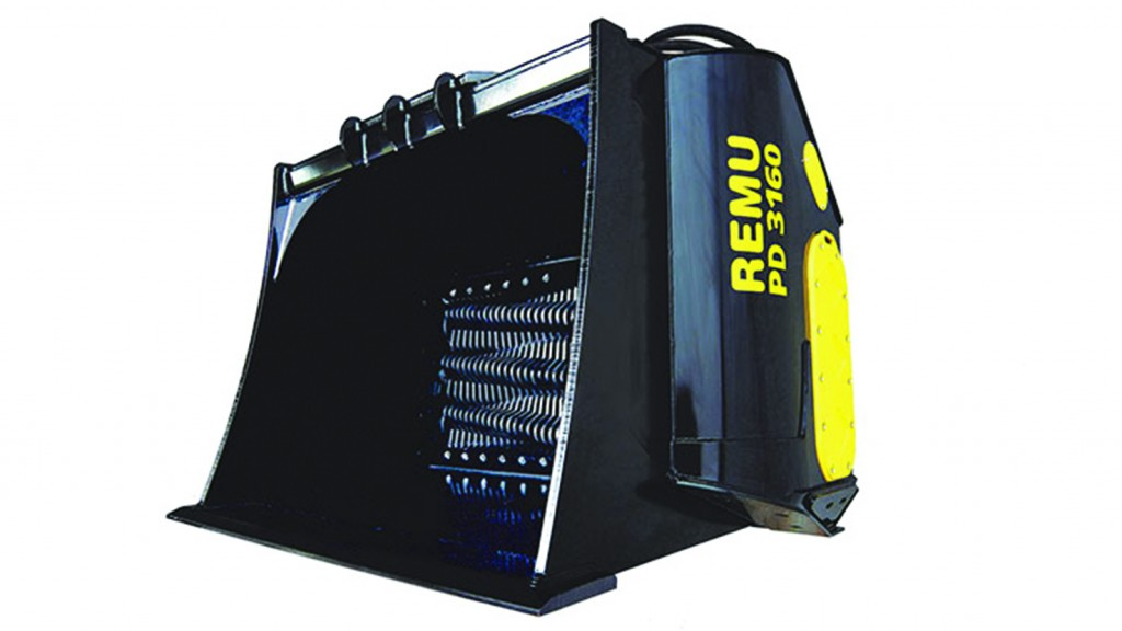 Remu extra-strong screening bucket is ready to work hard
